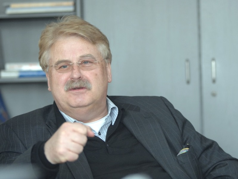 Portreit des EU-Parlamentariers Elmar Brok, CDU.