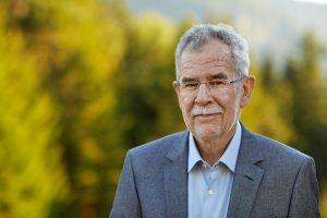 Portrait des österreichischen Politikers Alexander Van der Bellen